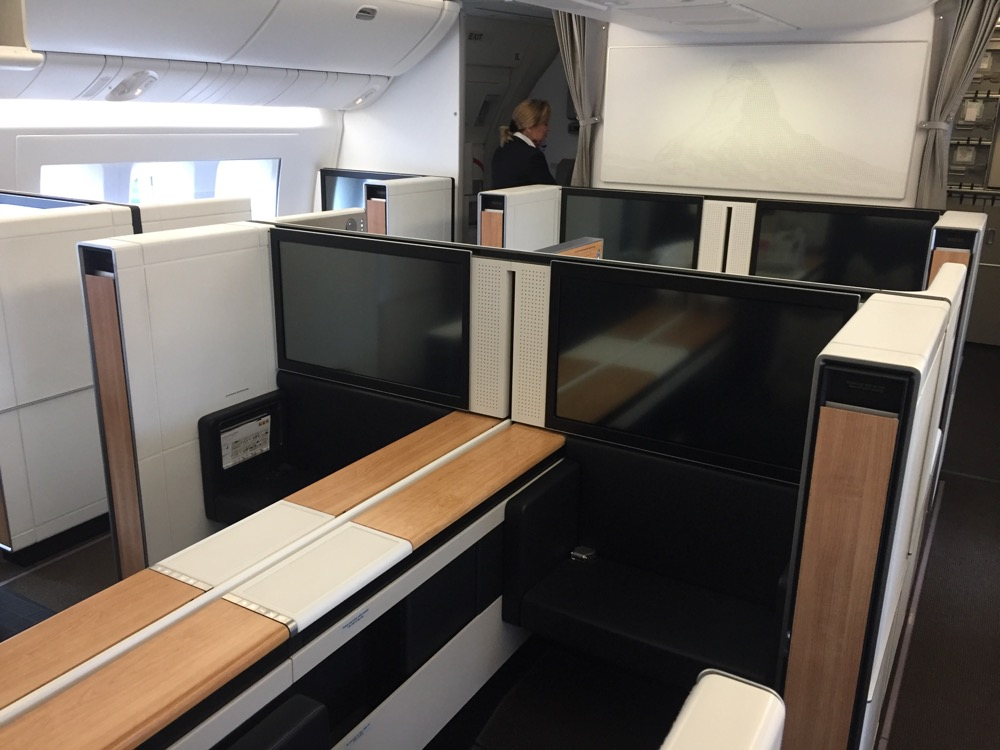 Swiss Business Class 777-300ER Los Angeles to Zurich - THRONE SEAT!
