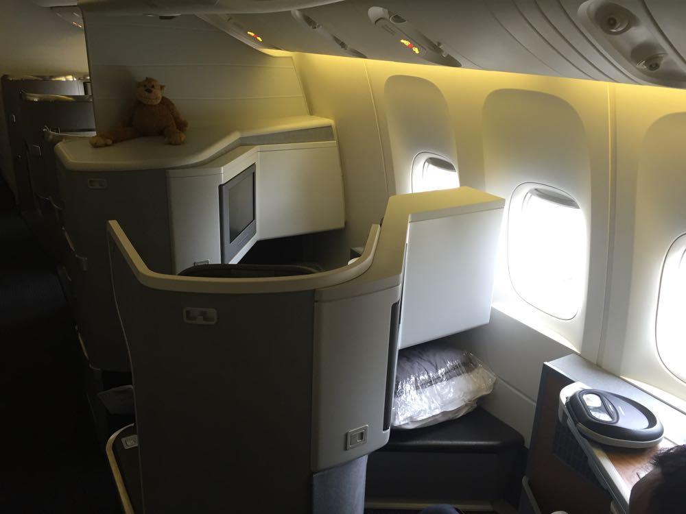 American Business Class Mini Cabin- 8 of 33