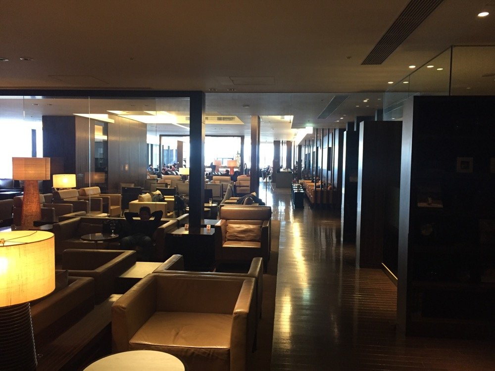 Japan Airlines First Class Lounge Tokyo NRT - 17 of 43